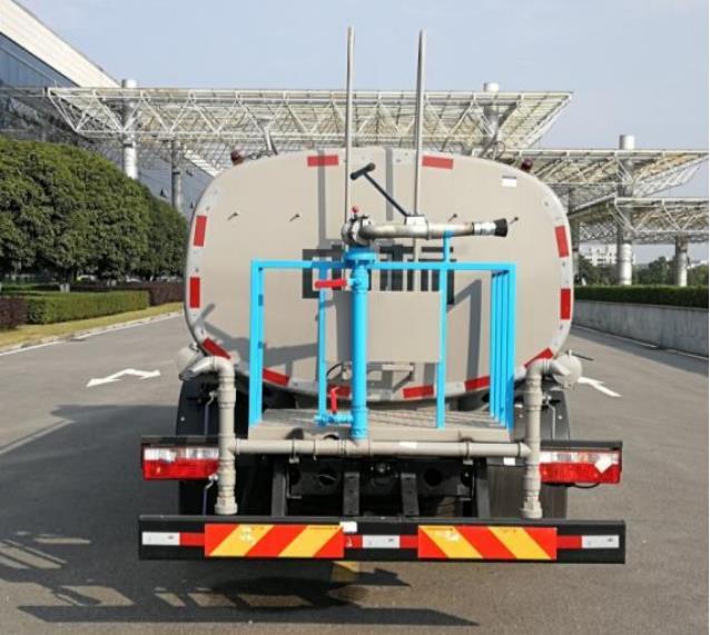 中标环境12吨环卫道路洒水车